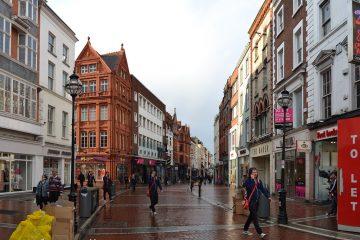 Grafton Street, Dublin Ireland. Photo courtesy of imaginingdesire on Flickr.