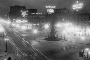 A night view of the Soldiers and Sailors Monument in Campus Martius. Circa 1910. Photo from the Library of Congress.